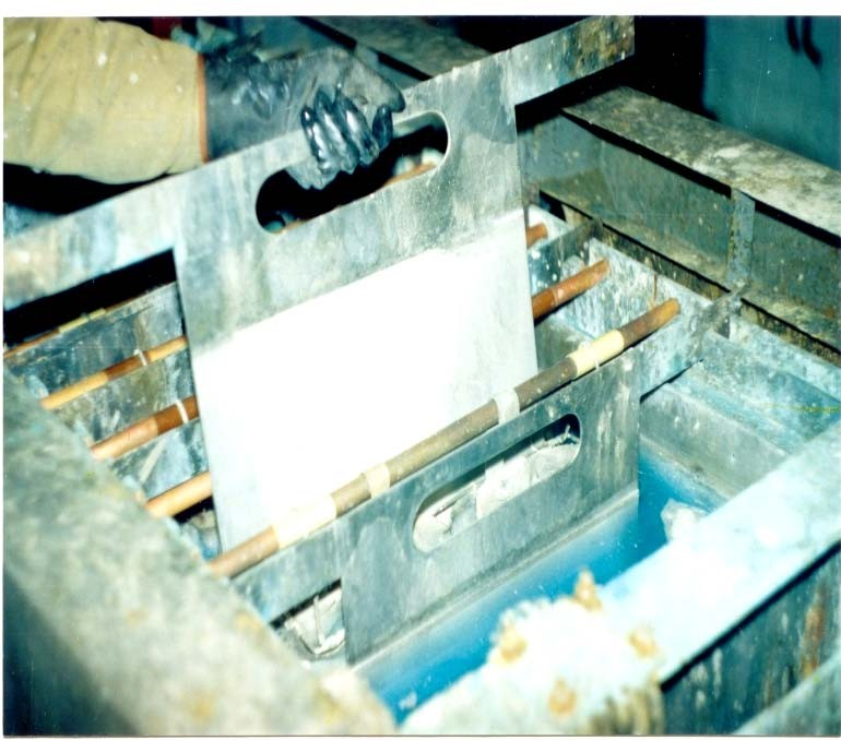 Электролизная ванна для аффинажа серебра