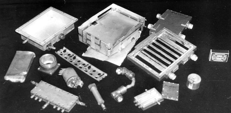 Посеребренные и позолоченные элементы РЭА после удаления компонентов, не содержащих ДМ