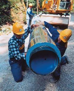 Изоляция и укладка трубопровода в траншею – укладка трубопровода