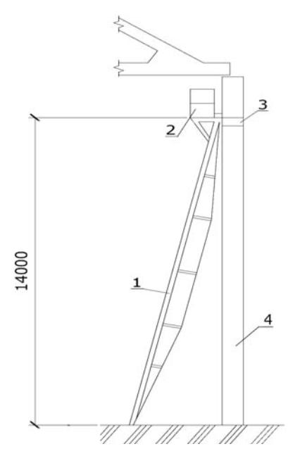 Монтажные лестницы с площадками с несущей конструкцией в виде шпренгеля