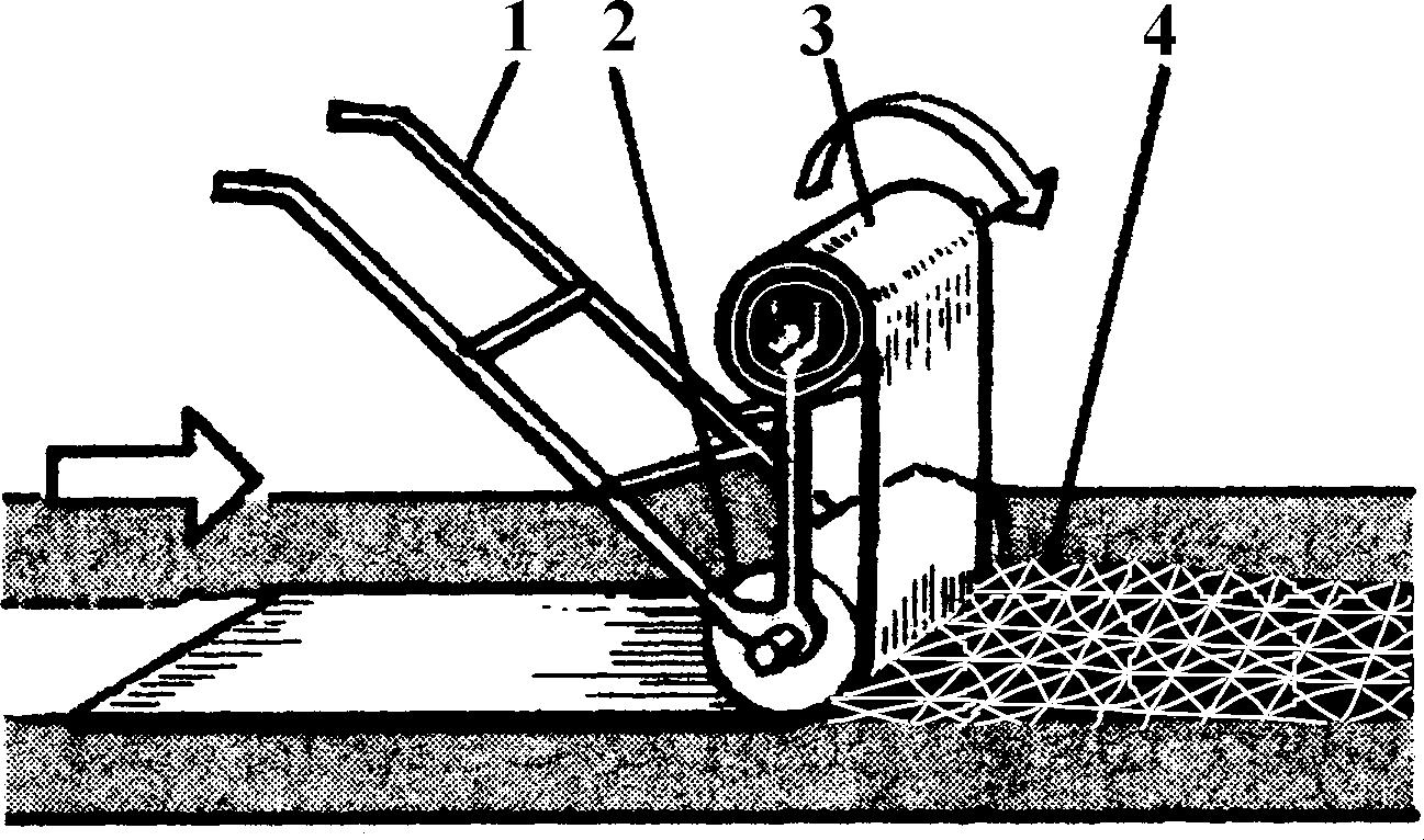Наклейка рулонного ковра с помощью катка-раскатчика конструкции Мосгорстроя