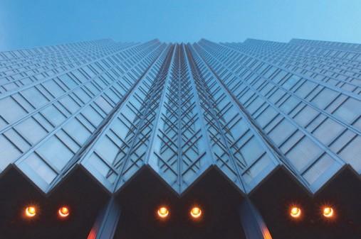 облицовки вентилируемого фасада стеклом
