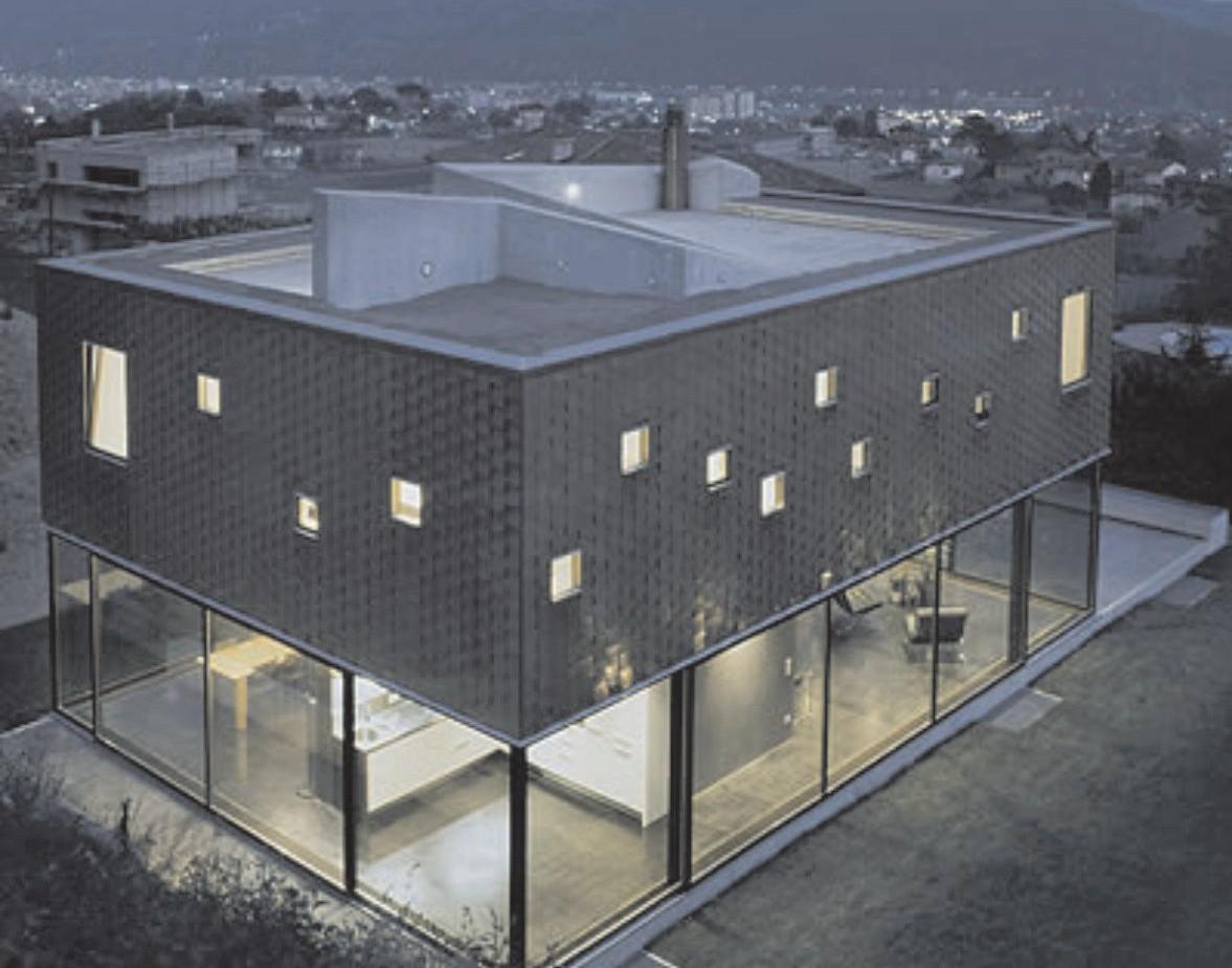 Здание Каза Травелла (г. Кастель Сан Пьетро, Швейцария)