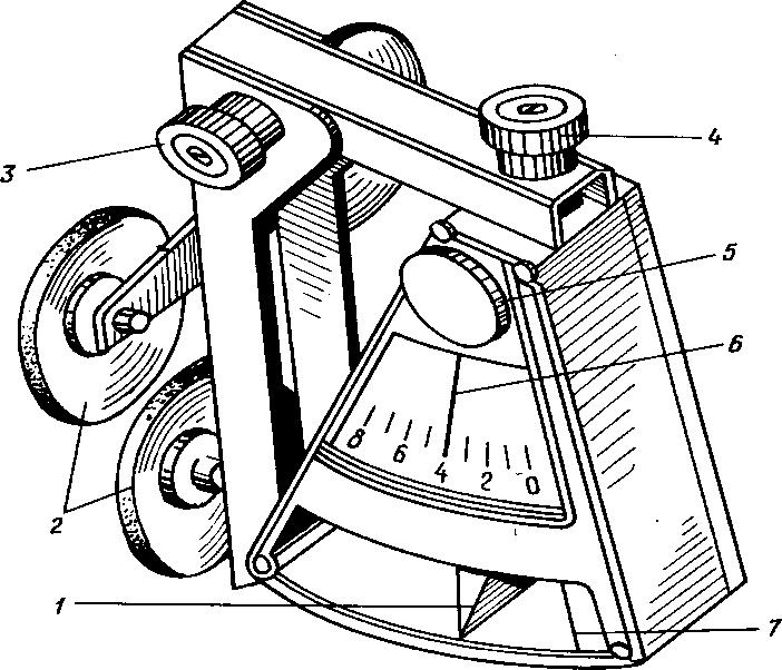 Деселерометр маятникового типа