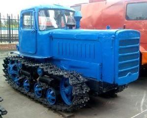 Гусеничный трактор общего назначения ДТ-75
