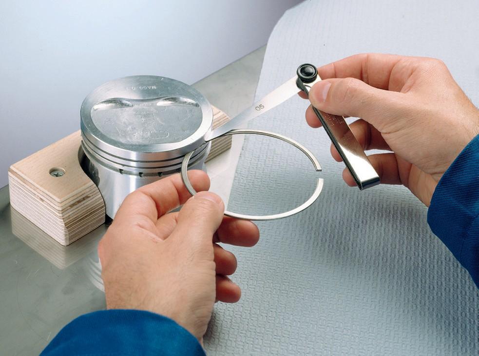 Измерение зазора кольца по высоте