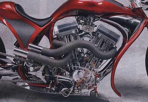 Конструкция выхлопа – выпускные трубы, обмотанные термозащитной лентой