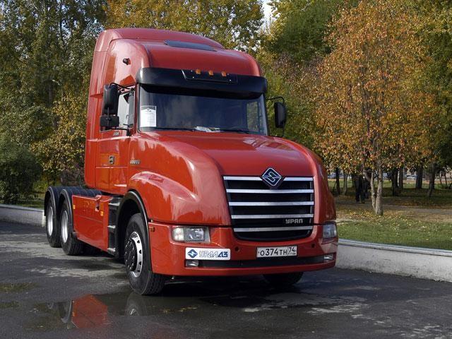 Седельный тягач Урал-6464