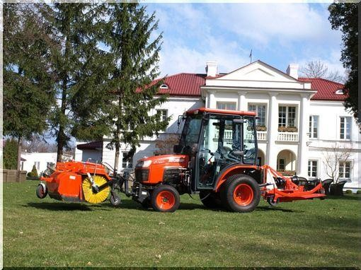 трактор Kubota B2230