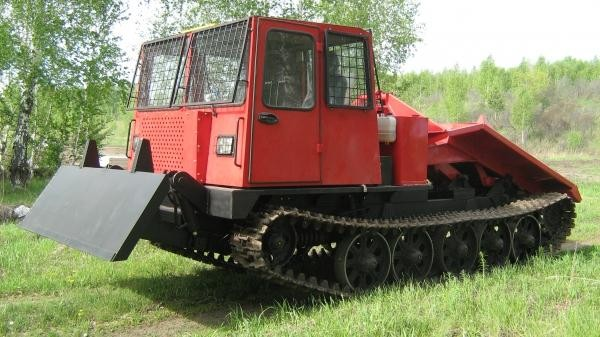 трактор TT-4