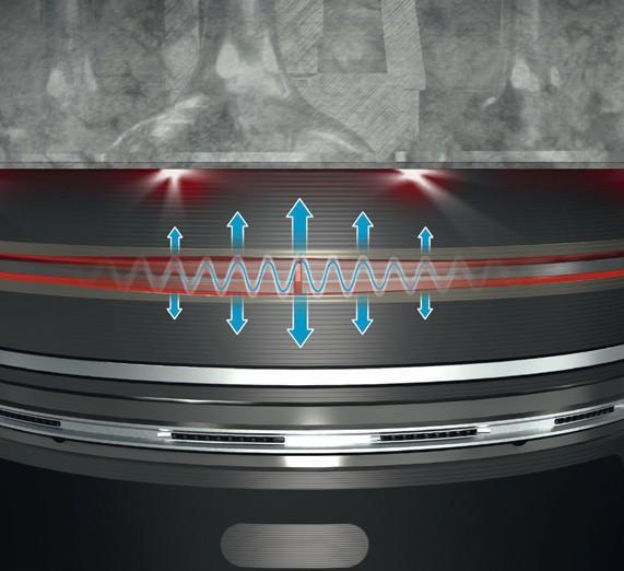 Вибрация поршневого кольца в результате механического контакта поршня и головки блока цилиндров