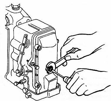 Вывертывание корпуса буферной пружины