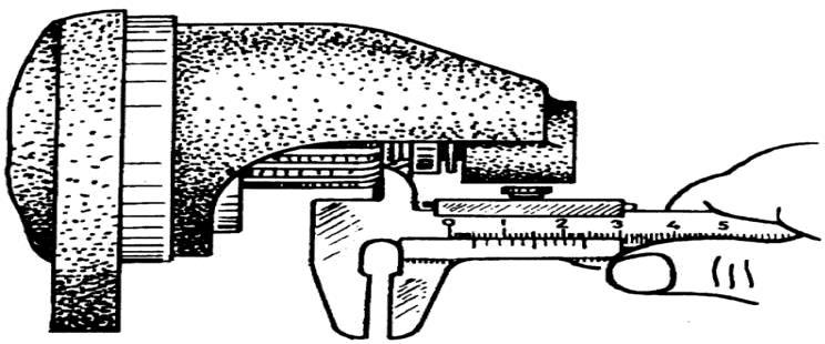 Замер зазора от торца шестерни