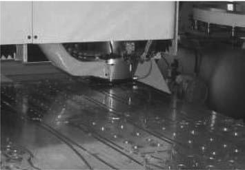 Эжекторный стружкоотсос с функцией дополнительного поджима заготовок