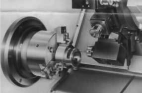 Обработка детали в левом шпинделе с использованием приводного инструмента