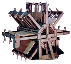 Вайма веерная пневматическая 16-ти позиционная для склеивания щитов модели ИУ-16