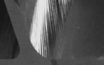 Волнистость обработанной поверхности из-за многократного прерывания съема отдельных элементов стружки из-за биения режущих кромок и упругих деформаций фрезы