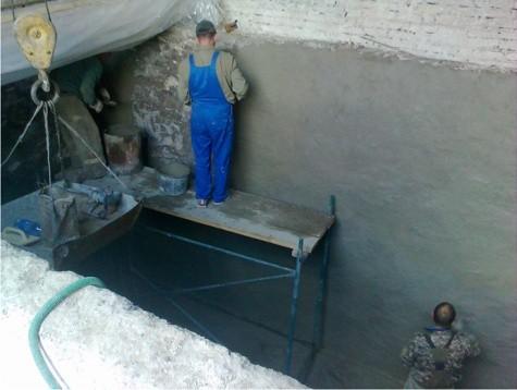 Способы нанесения тонкослойной гидроизоляции на портландцементе на бетонное основание