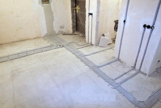Прокладка кабелей в двойном полу