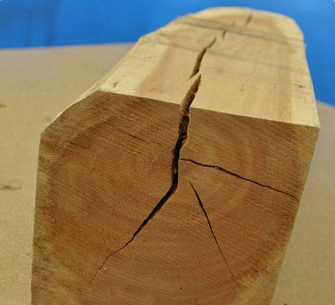 Растрескивание дерева