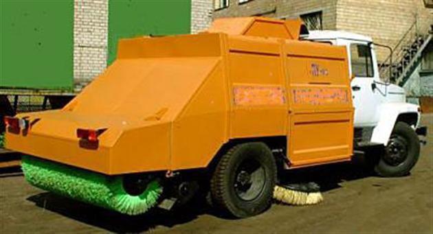 Подметально-уборочная машина ПУМ-93