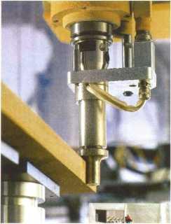 Устройство для термовыглаживания кромок плит МДФ